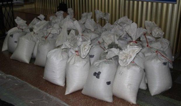 2,5 тонны янтаря изъяли на Ровенщине