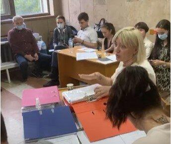 В Ужгороді цигани заблокували засідання ТВК, скріншот