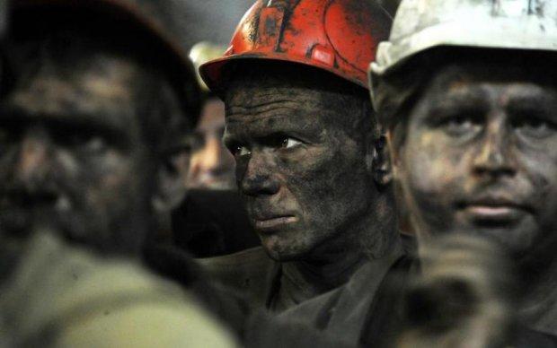Митинг в подземелье: горняки пригрозили штурмом