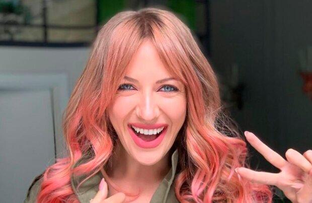 Никитюк засветила роскошные ягодицы самых горячих блондинок Украины: о таких мечтает каждый