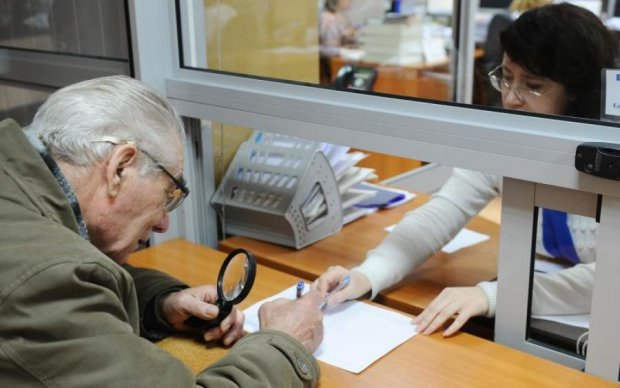 Напрацювали: Гройсман анонсував подачку пенсіонерам