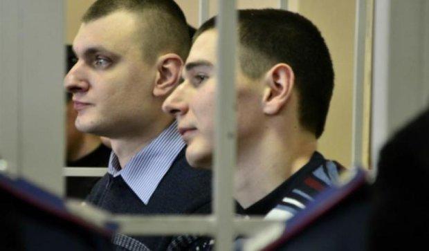 Екс-беркутівці Аброськін і Зінченко залишаться під  вартою до жовтня