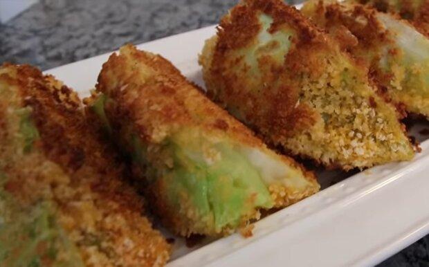 Шніцель з капусти, скріншот: YouTube
