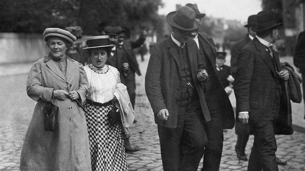 Как сложилась судьба женщин, основавших праздник 8 Марта