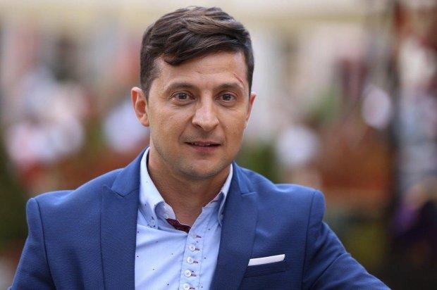 Зеленский встал на защиту украинцев: никакой проблемы нет, в Конституции все написано