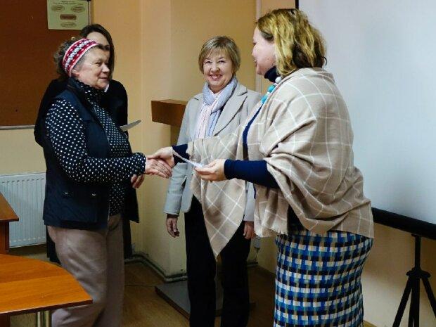 В Україні перерахують пенсії, соціальні виплати для людей з інвалідністю й не тільки: чого чекати у 2020 році