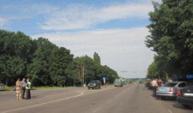Под Полтавой  взорвался военный автомобиль с боеприпасами