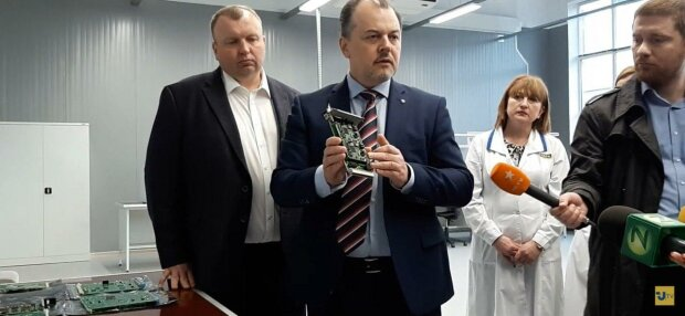 """У Запоріжжі директор підприємства підхопив """"вірус"""" Коболєва - 2 мільйони премії, як в """"Нафтогазі"""""""