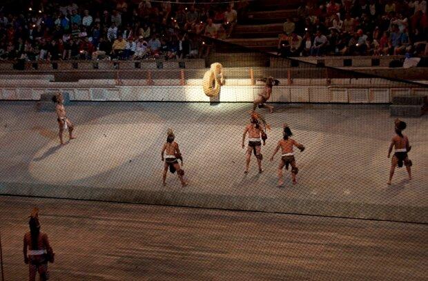 Месоамериканська гра у м'яч, фото Wikimedia Commons