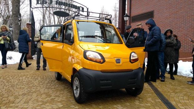 Українці забудуть про євробляхи: на ринку з'явилось найдешевше авто у світі