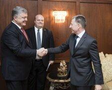 Курт Волкер с Порошенко, фото regnum.ru