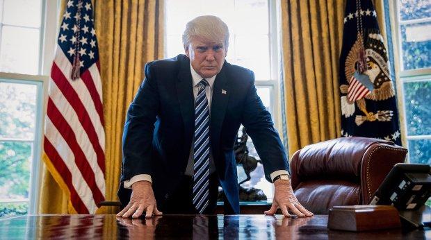"""Зеленський знайшов спільну мову з Трампом: """"слугу народу"""" запросили до Білого дому"""