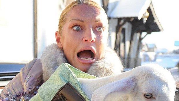 Гола Волочкова розкорячилася на снігу: годувальницю не застуди