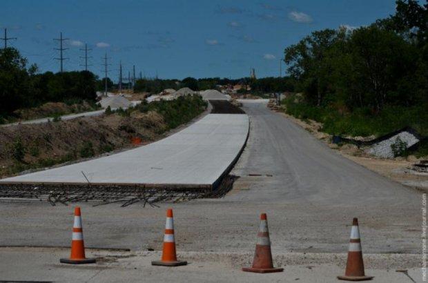 Замість бітумних доріг в Україні будуватимуть цементно-бетонні
