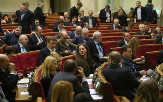 Головне за ніч: зіпсоване свято депутатів та капітуляція Дурова