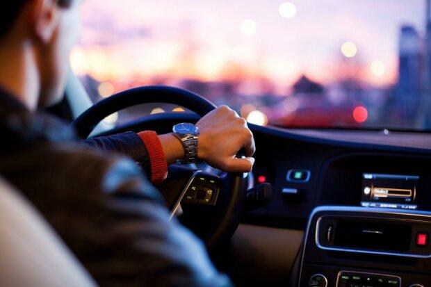 Обережно, шахрай - як уникнути хитрих прийомів злодіїв під час купівлі б/у авто