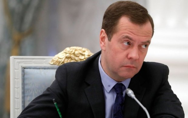 По самое мясо: адвокат примет меры против Медведева