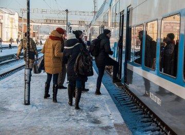 Укрзалізниця запустила оновлений поїзд на найпопулярнішому маршруті: що змінилося, окрім кольорів