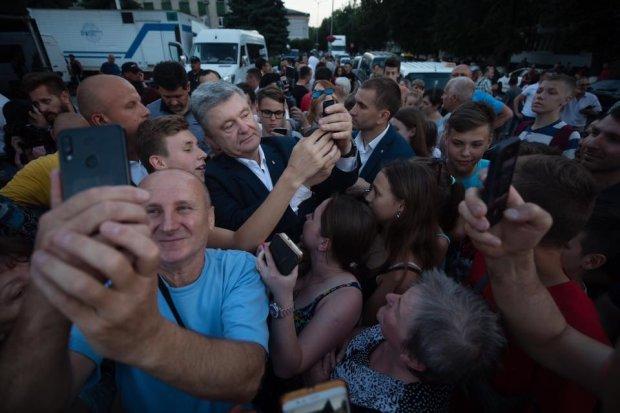"""Порошенко все переплутав і готується до президентських виборів: """"Ця ганьба 5 років з нами"""""""