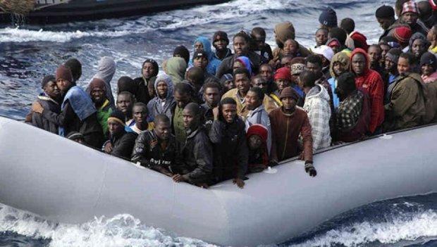 Європейські моряки врятували в морі 2 тисяч мігрантів з Африки