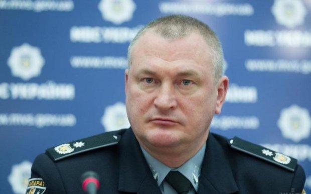 Сытник отдыхает: в полиции рассекретили зарплату Князева