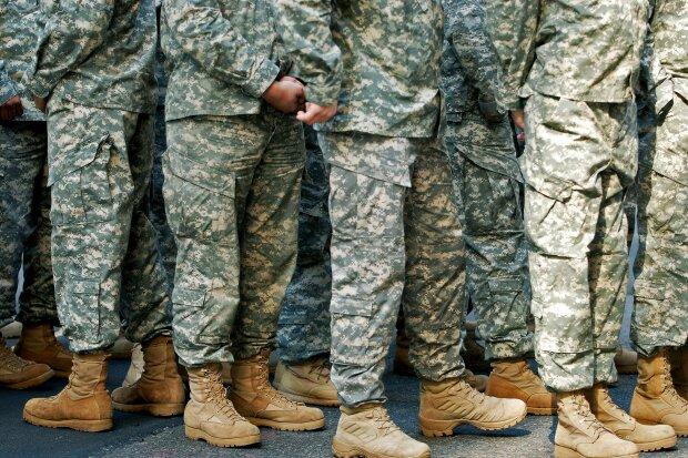 """Армия США обзаведется одеждой, """"поглощающей"""" химическое оружие"""