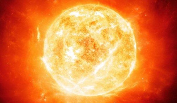 NASA показало уникальный плазменный дождь на Солце (ВИДЕО)
