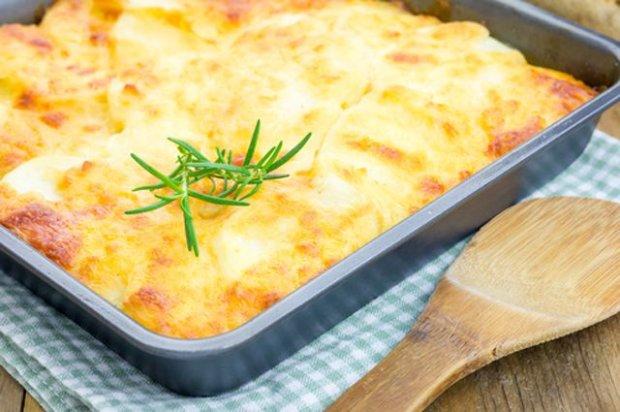 Курица с картофелем под сыром: рецепт на все случаи жизни