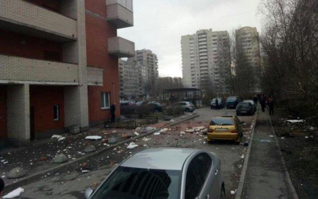 У Петербурзі прогримів потужний вибух: перші фото