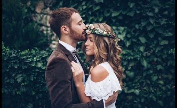 Закохана пара, фото з відкритих джерел