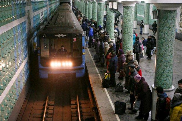 Метро знову подорожчає, на черзі - тролейбуси і трамваї: українцям розкрили чудесні перспективи