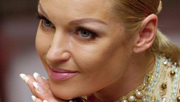 Голая Волочкова попала в ад: спит в шпагате с трехглавым драконом