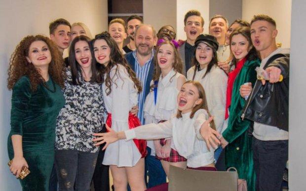 """""""Школа"""" станет ближе: актеры сериала готовы встретиться с украинцами"""