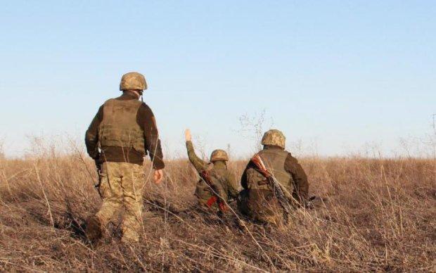На Донбасі виявили рештки невідомих воїнів