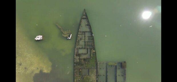 """Под Бердянском обнаружили кладбище кораблей-призраков - """"Больше не вернутся в море…"""""""