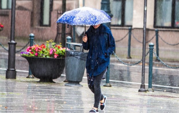 Прогноз погоди на 4 травня: стихія випробує українців на міцність
