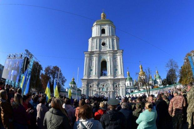 Украинцы окончательно открестились от УПЦ МП: гонят московских попов