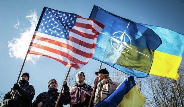 Американський конгресмен закликав озброїти Україну