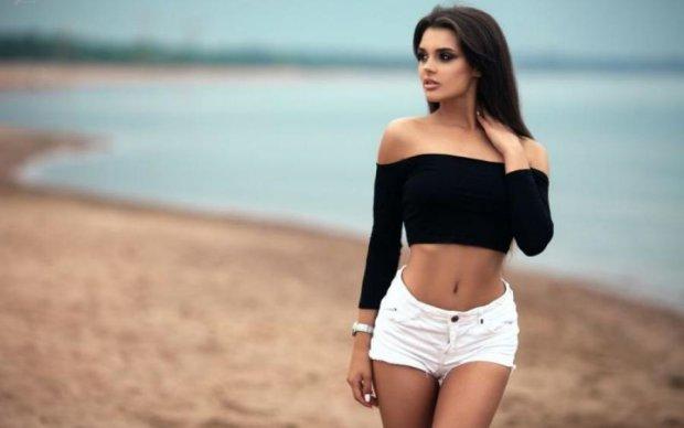 Сладкая щелка: девушки в бикини запустили соблазнительный флешмоб