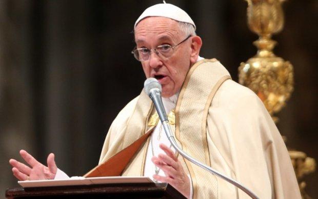 Папа Римский попросил мир об одолжении