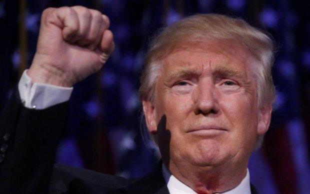 """Выложил целое состояние:  Трамп влип в очередной скандал со звездой """"клубнички"""""""