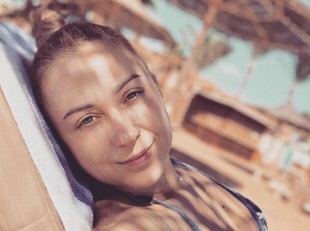 Тоня Матвиенко показала, с кем плещется в водах Атлантического океана: Арсена Мирзояна рядом не видно