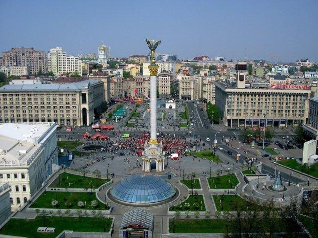 Оглушливий шум накрив Київ: жителі в паніці, схоже на авіаналіт