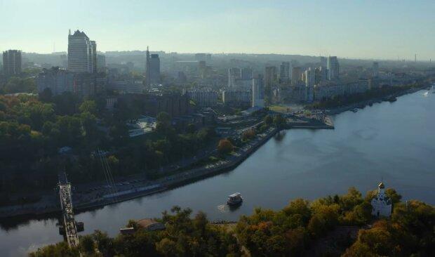 Під Дніпром комбайн-вбивця затягнув у себе хлопця замість пшениці