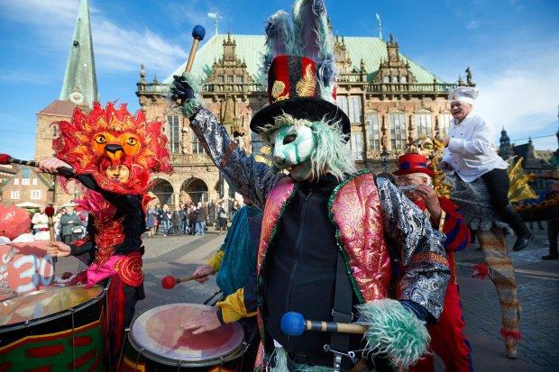 Куда поехать в феврале: карнавалы и яркие события в городах Европы