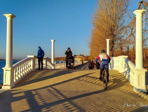 """Надал обрадовал тернополян перед Новым годом: """"Смотри, мост!"""""""
