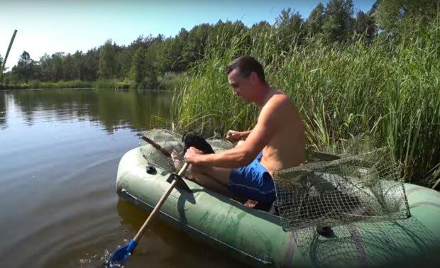 рыбак, скриншот из видео