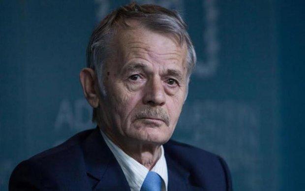 Джемілєв побачив два сценарії повернення Криму