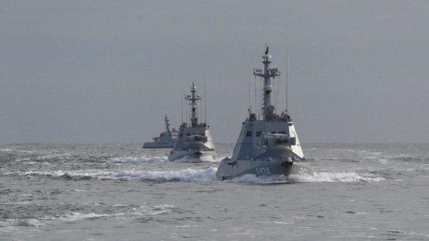ВСУ привели корабли и истребители в боевую готовность, слышно выстрелы и взрывы: что происходит