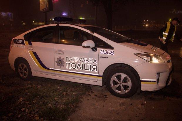 Клубы дыма и авто в огне: тройное ДТП поставило на уши Харьков